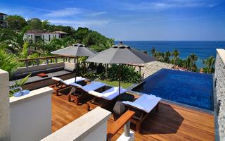屋顶泳池套房